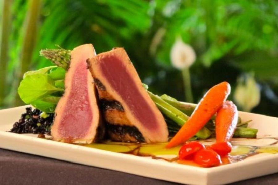 Lemongrass Ahi Tuna – Michael's On East